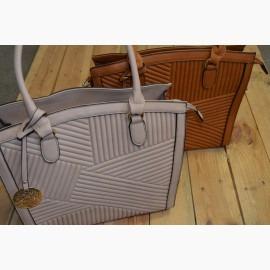Giovanna Milano сумки, клатчи, рюкзаки, сток